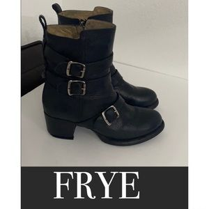 Authentic Frye black leather moto harness boots 9